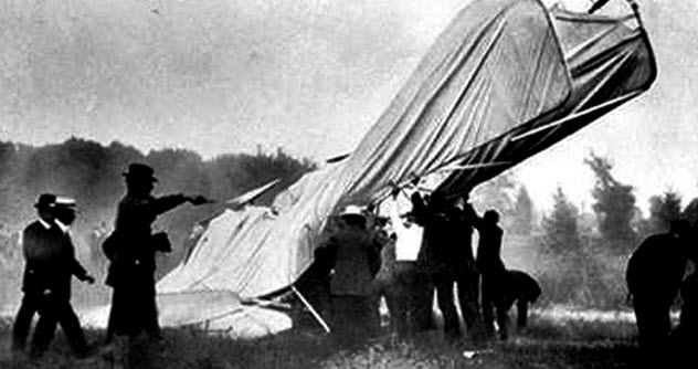 8a-selfridge-crash copy