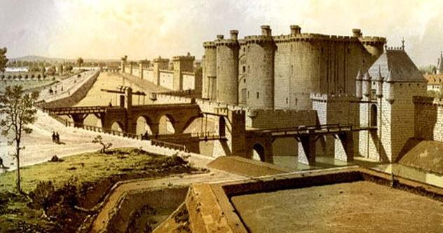 7-bastille-moat