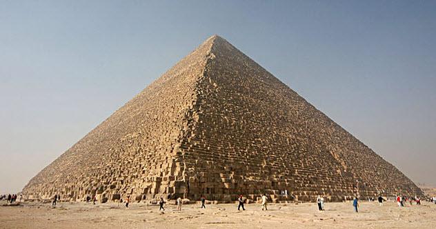 10b-great-pyramid-of-giza