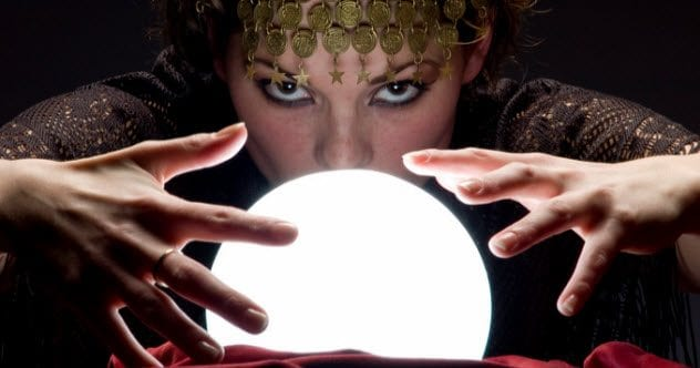 feature-a-fortune-teller-157312038