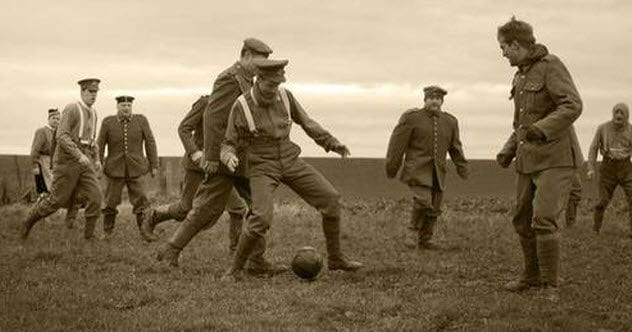 6-christmas-truce-wwi-football-match