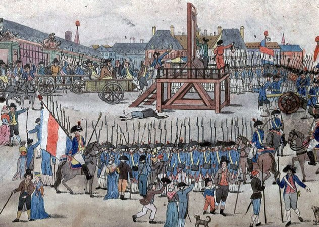 9-guillotine-not-gory-enough-for-crowd