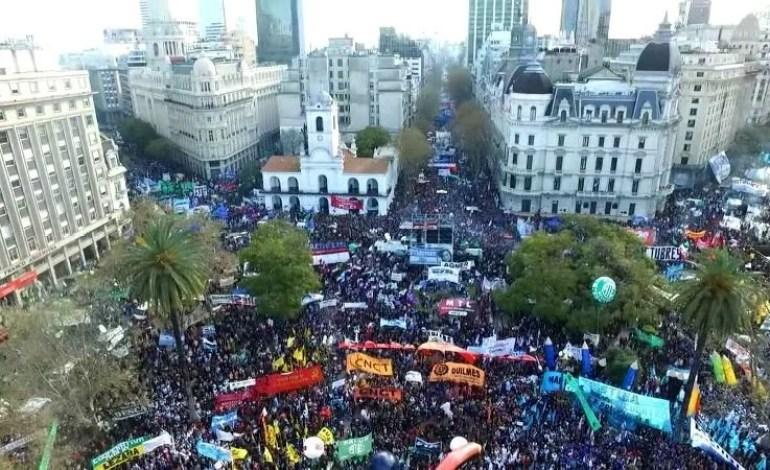 20D: Por um ato unitário para derrotar o plano de Macri