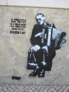 street art lisbon 29