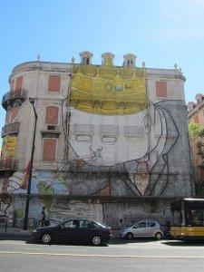 street art lisbon 37