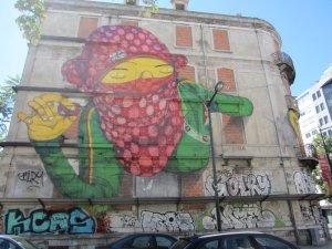 street art lisbon 42