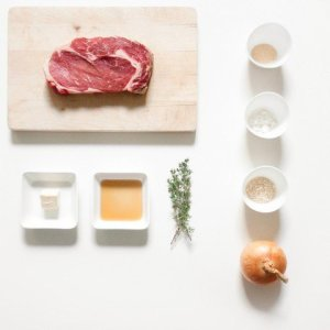 french cuisse rib steak with onion rings ingredients