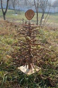 alternative christmas tree by woodrepublic 7