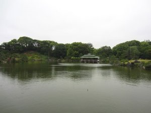 kiyosumi gardens in tokyo 16