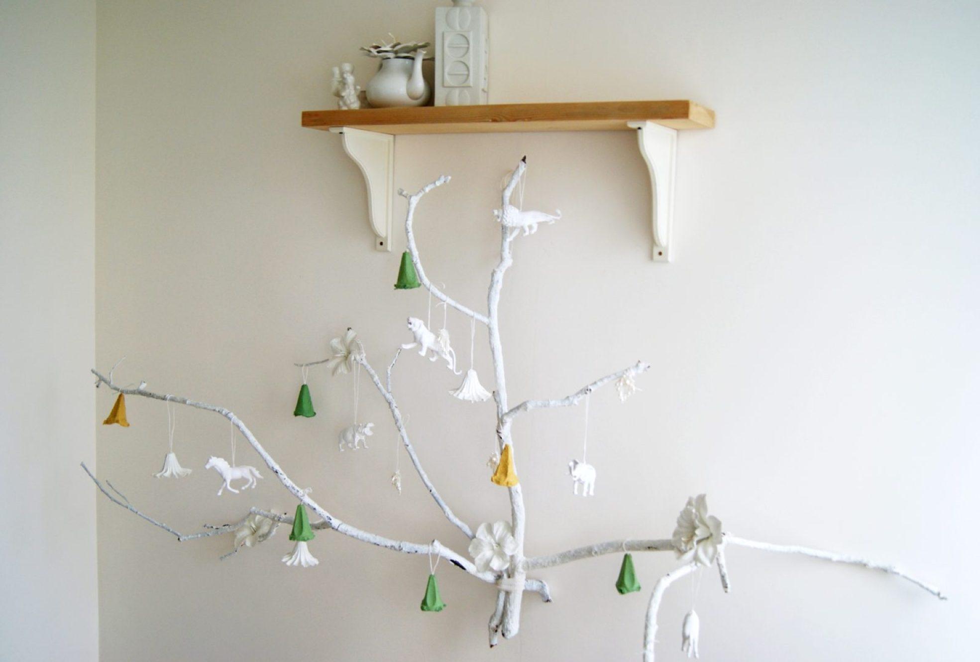 alternative christmas tree by amalia dulhan 4