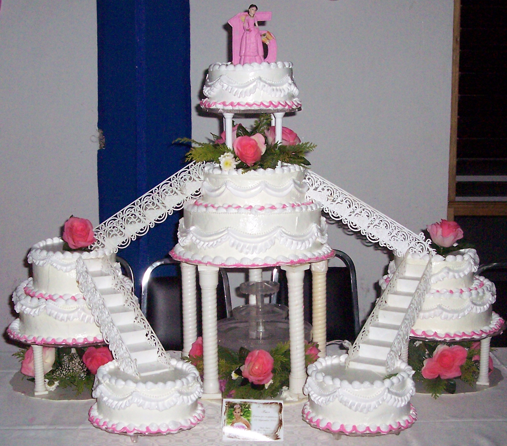 Piscina Plastico Quinceanera Cakes – Decoration Ideas | Little Birthday Cakes
