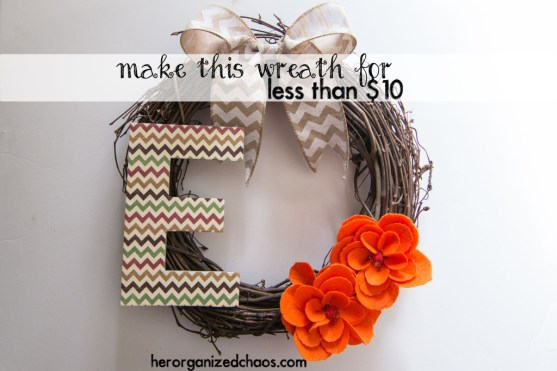 Make This Cute Wreath For Less Than $10 by Her Organized Chaos  |  Off the Hook Monday