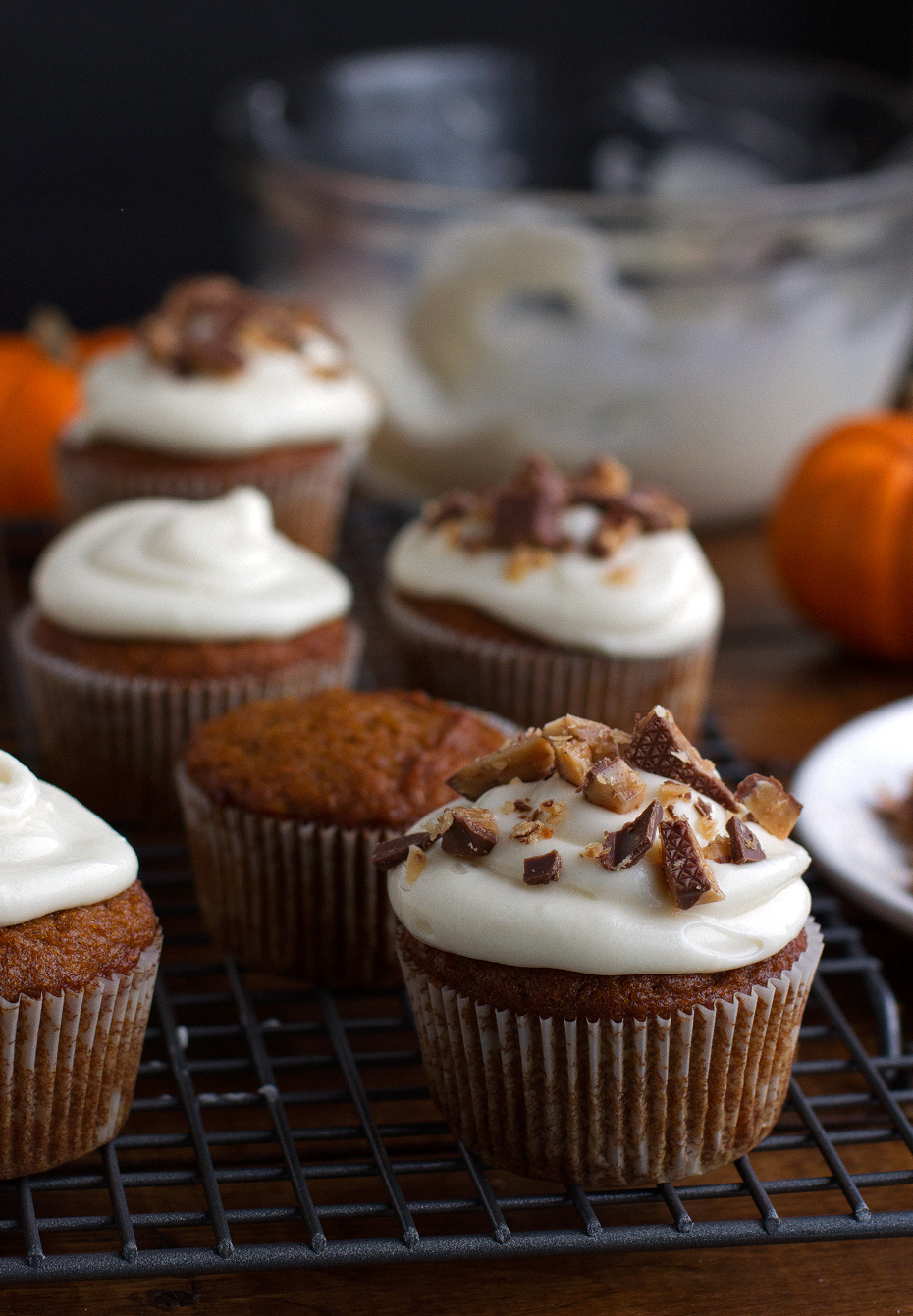 Barefoot Contessa Pumpkin Muffins Pumpkin Cupcakes With Maple Cream Cheese Frosting Recipe Little