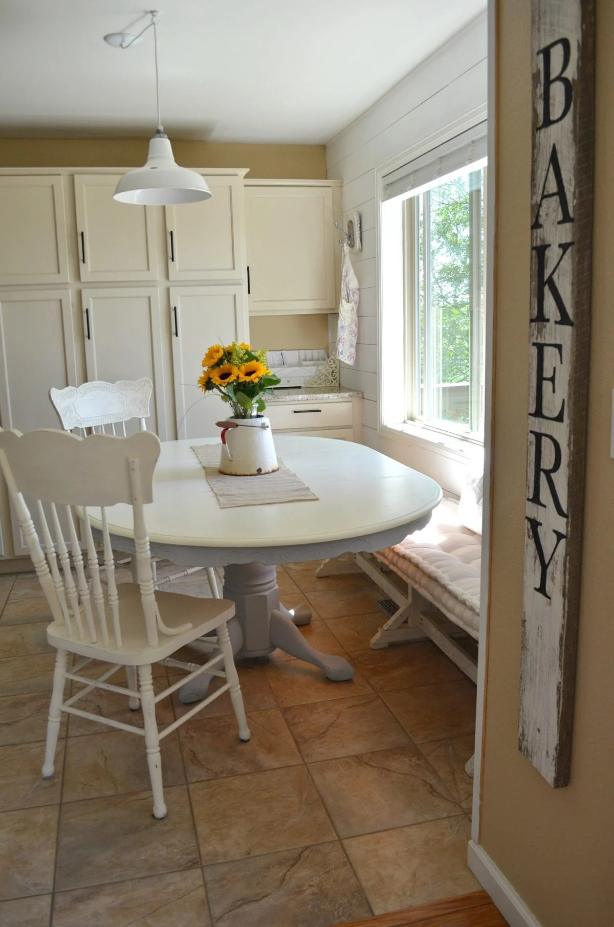 Tisch Lackieren Diy Chalk Painted Farmhouse Style Table 8 - Little Vintage