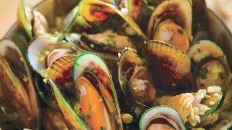 Goa Curry Mussels Hot Pot Recipe