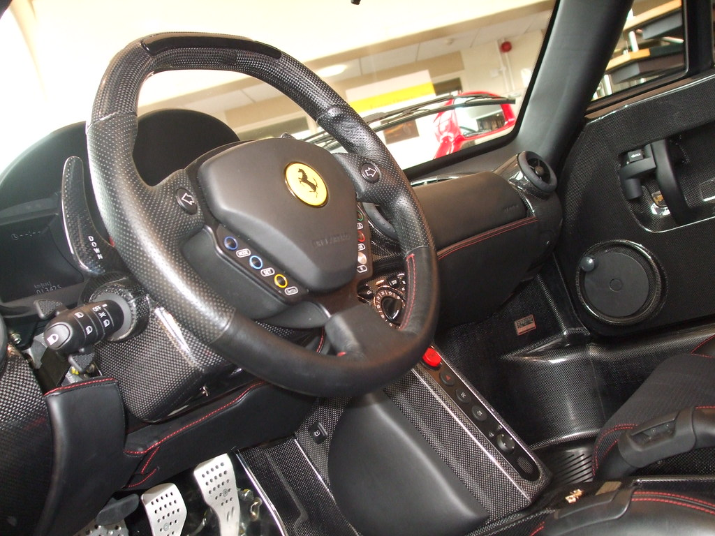 Enzo Interieur Ferrari Enzo Interior A Low Angle Shot Of The Interior Of Flickr