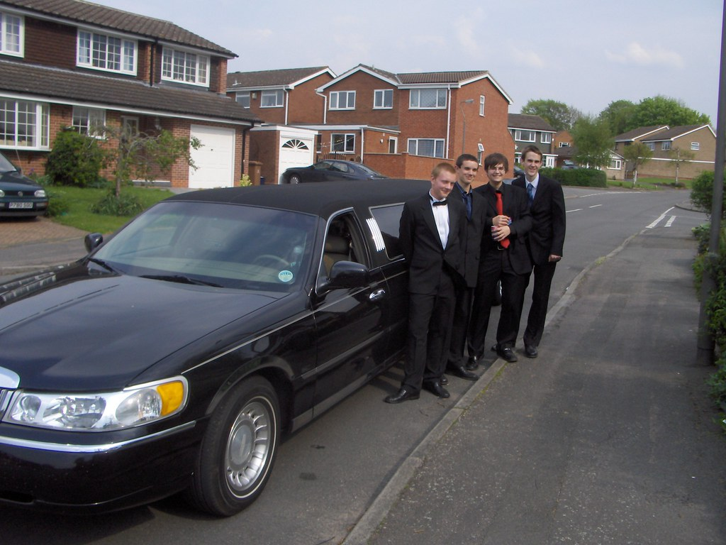 Limo Prom Xclusive Limousines Black Limo Prom Hire Burton Birthday P Flickr