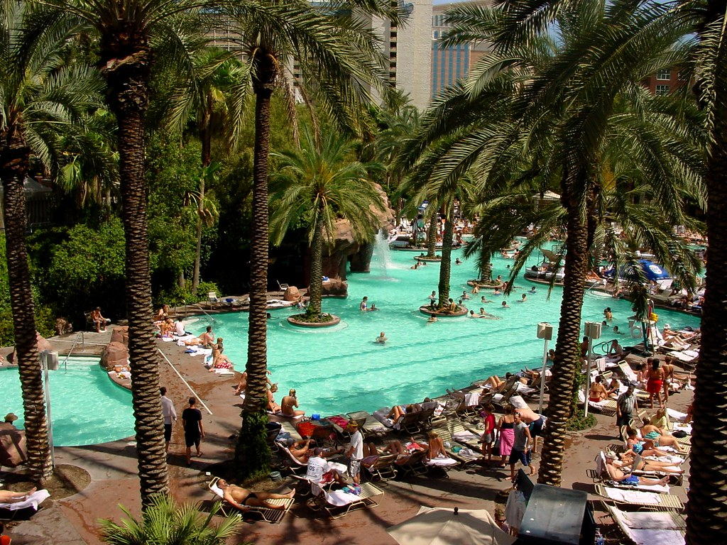Flamingo Pool Dates Las Vegas The Flamingo Hotel Pool Guenther Lutz Flickr