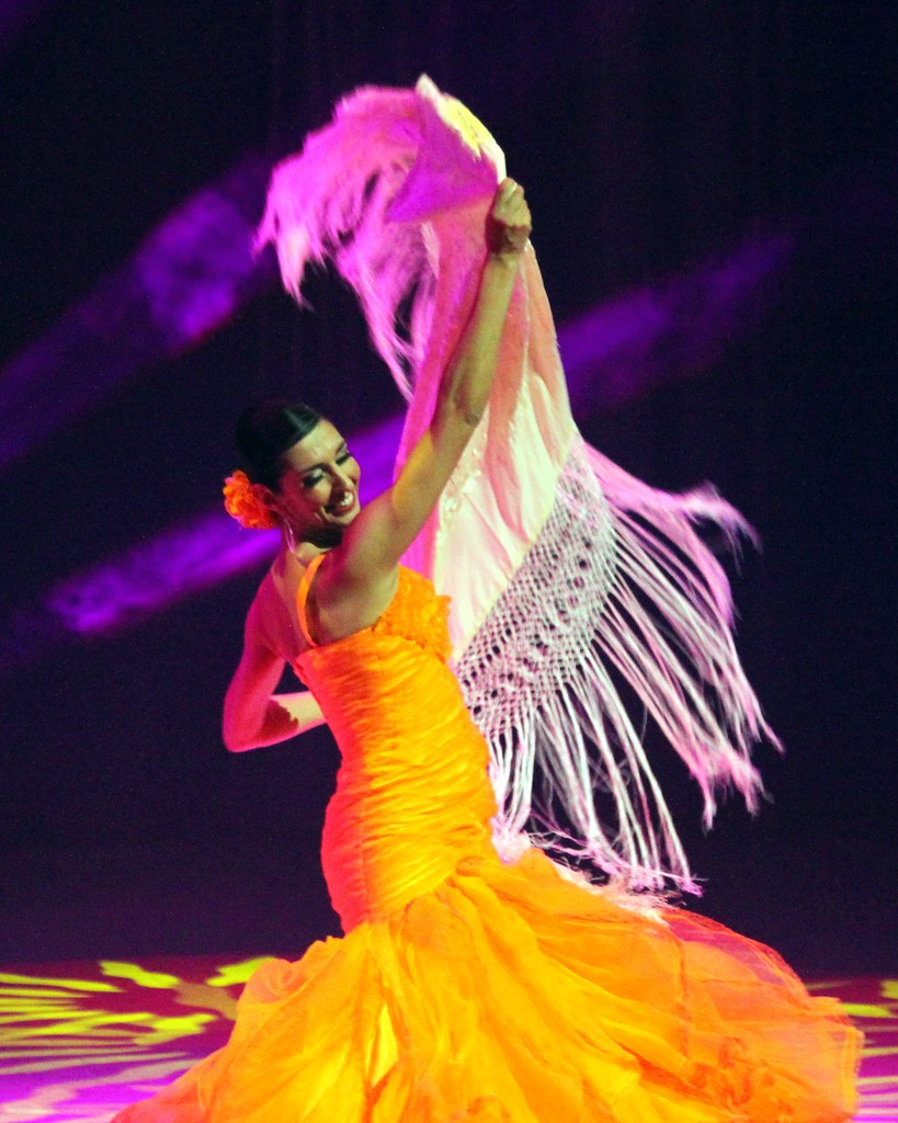 Flamenco Arte Y Ole Flamenco Dancer Battle Of The Dance Dinner Show Anahei Flickr