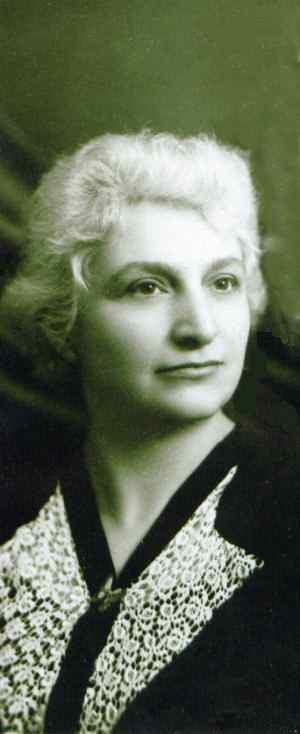 Doamna Aspazia Otel-Petrescu: she spent long years in the Communist prisons...