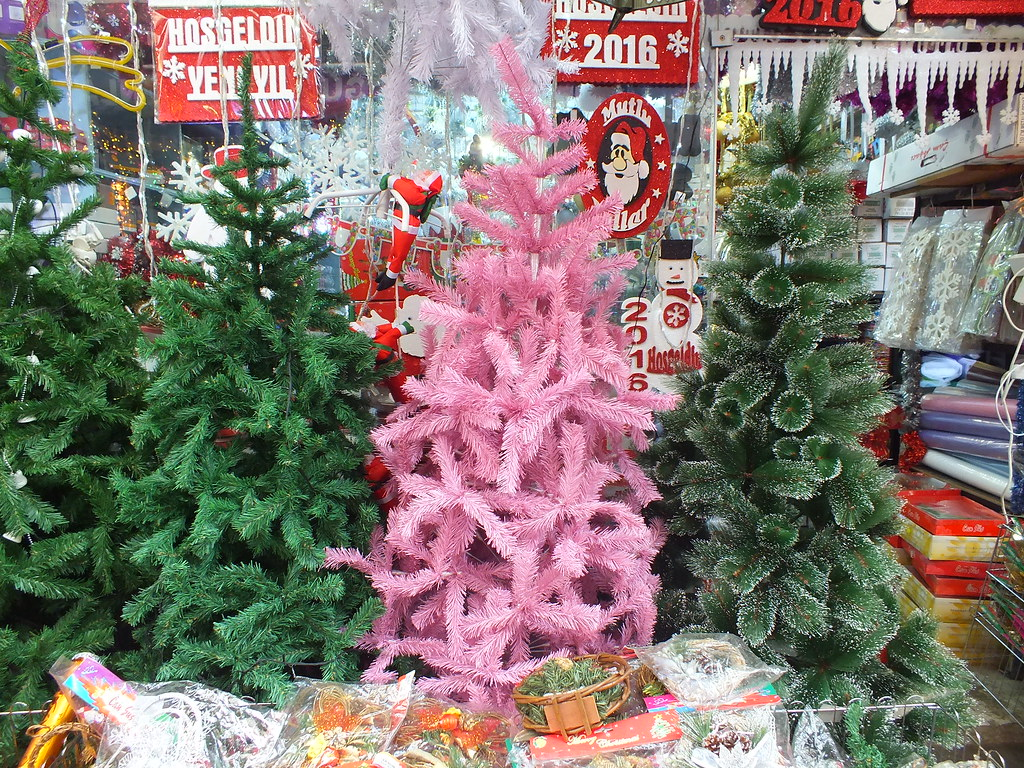 Pantone Christmas Ornaments Pantone Color Of The Year 2016 By Christmas Tree Pink Tree Pi
