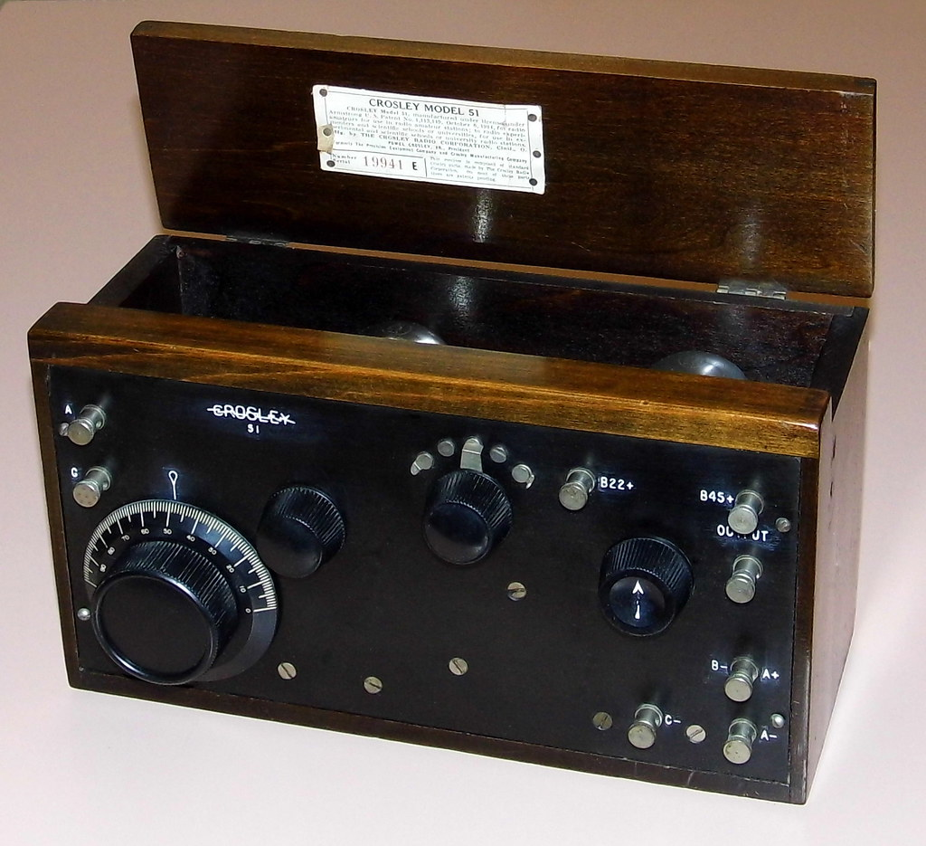 Crosley Radio Vintage Crosley Radio Receiver Model 51 Two Vacuum Tube Flickr