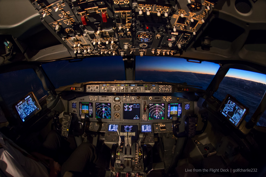 3d Wallpaper Live Wallpaper Boeing 737ng Cockpit Canon 6d Tokina 10 17 Fisheye