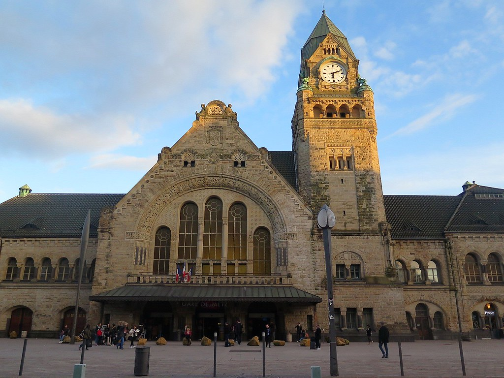 Architecte Metz Metz The Railway Station The Gare De Metz Ville Is The Ma Flickr