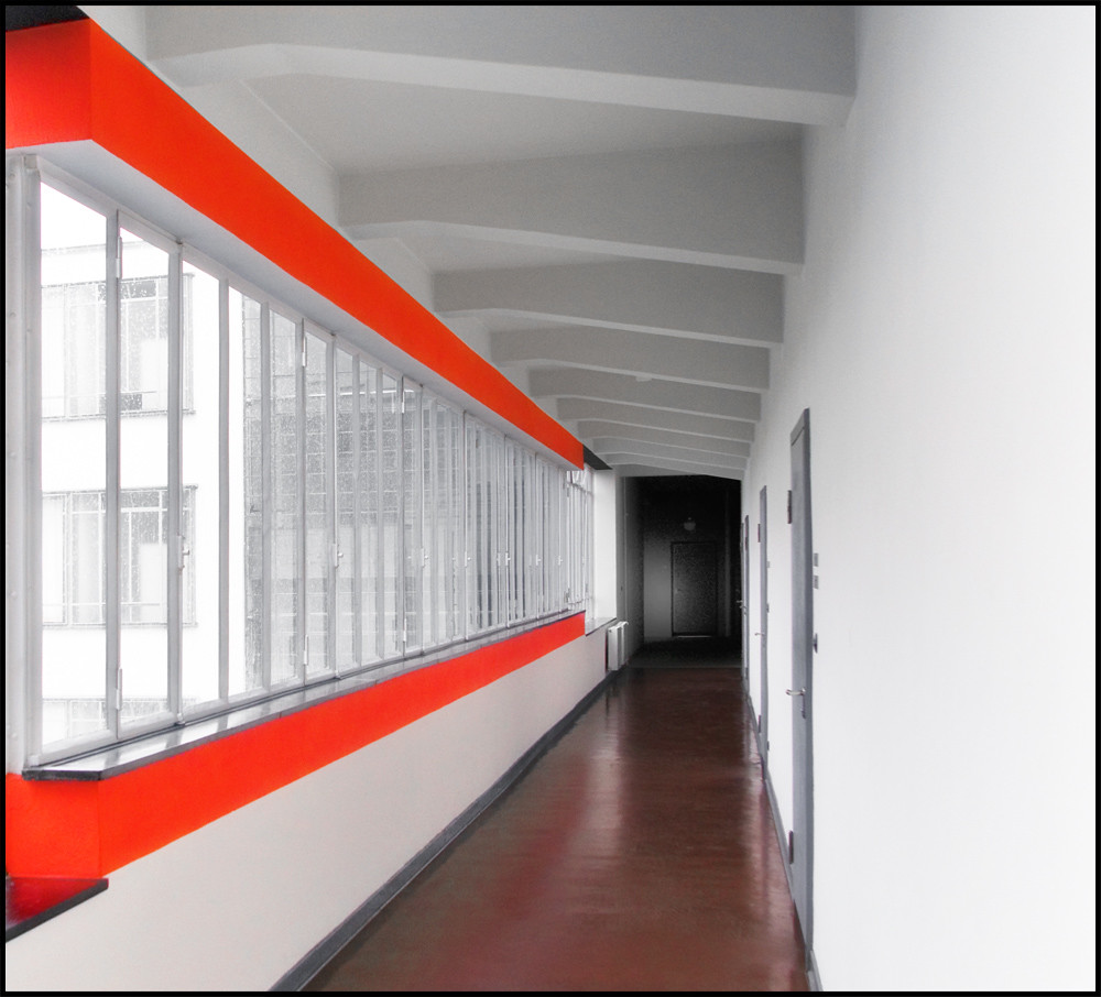 Fenster Bauhaus Walter Gropius @ Bauhaus Dessau (1925-1926) | The Bridge. | D.teil | Flickr