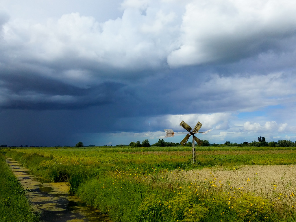 Lg Nederland Rain Is Coming Closing Rain In A Dutch Polder Jaco Verheul