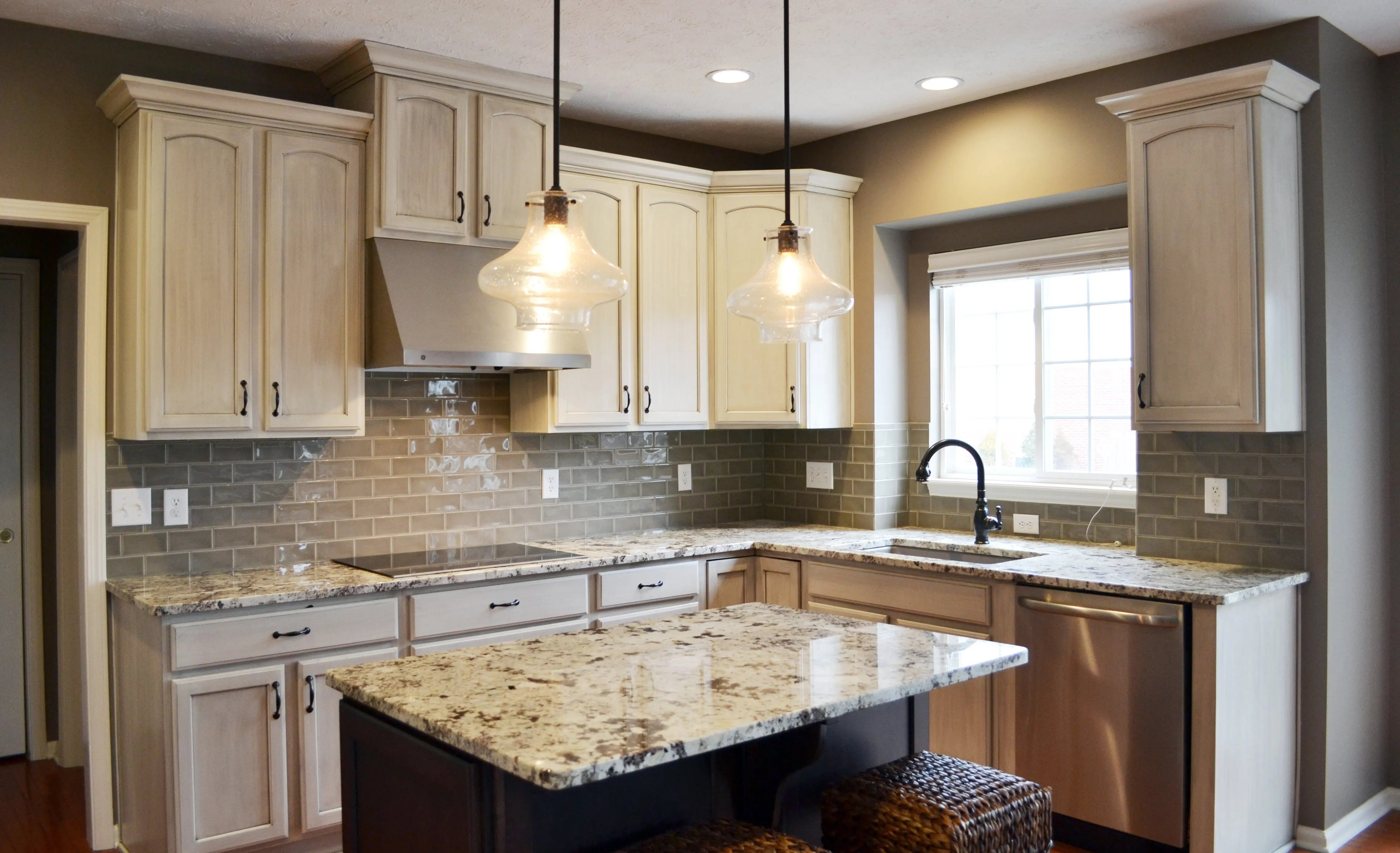 Quartz Versus Granite Which Is The Better Countertop Aco