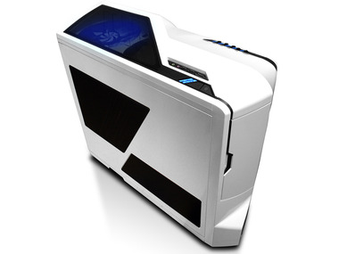 馬鹿「自作PCはケースが全部ダサい!!」 ワイ「可哀想に…本当のケースを知らないんだな」