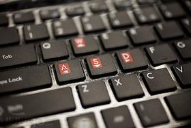 キーボードの削れているキートップランキングは 1位「Enterキー」 2位「A」 3位「Q」