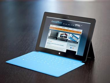 Core i5搭載のフルWindows 8タブレット「Surface Pro」 バッテリー駆動時間テストで4時間もたず