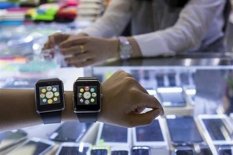【画像】中国パクリウオッチ、「アップルウオッチの全機能を備えている。いや凌駕する。しかも価格は1/8」
