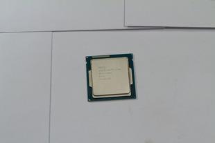 4770Kを殻割りしてみたら、基板の一部を 傷付けちゃった\(^o^)/