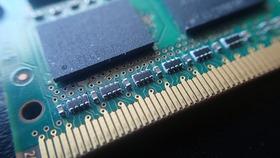 パソコンのメモリ2TBっている?
