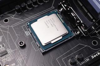 【CPU】リキプロ塗って、金属端子はエキポジで養生後装着した。普通にきどうできるが、  OCできない。XMPも読み込めないし、自動OCもエラーがでる。これって失敗?【殻割り】
