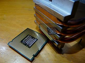 【CPU】未だにCore2DuoとかCore2Quad使ってる奴はいないよな? Q6600ですら現行Pentium以下だぞ