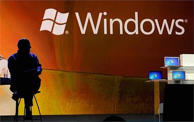 2012年の最大の目玉製品「Windows 8」は売れているのか