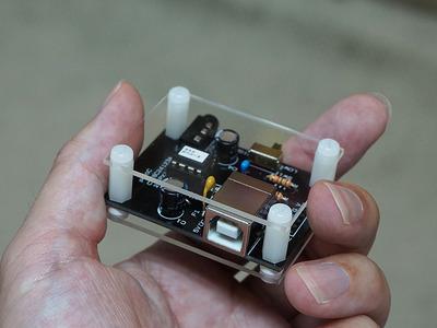 イヤホンをひたすらエージングできる電子工作キット「イヤホン エージング機 キット」が登場