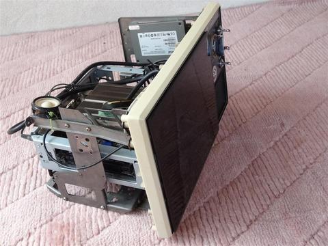 あの昭和レトロ風自作PCがヤフオクに出品される