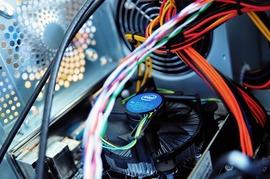 おまえら「この時期PCの掃除しないと熱でぶっ壊れるぞ!」ワイ「はえ~」