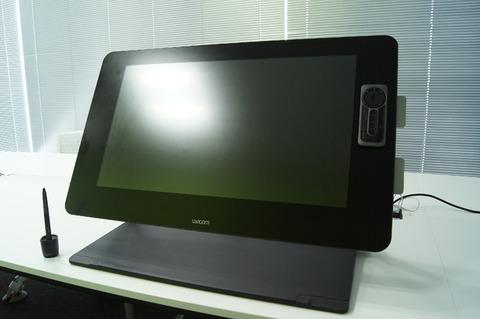 ワコムが新液晶ペンタブレット「Cintiq 27QHD」発表
