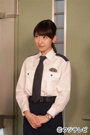 【画像】ゆきりんこと柏木由紀、婦人警官ルックを初披露!