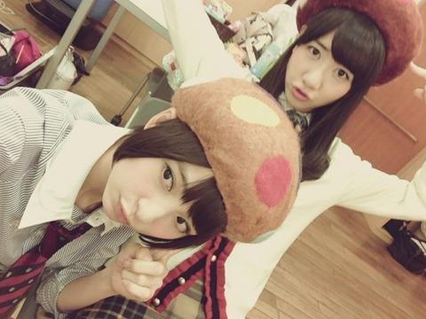 【画像】篠田麻里子(26)、キノコをかぶる