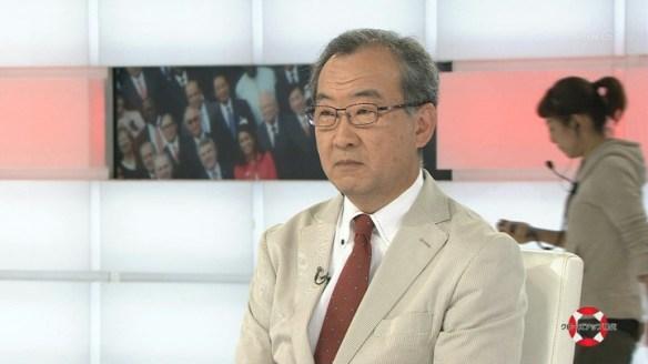【画像】NHKで放送事故。スタッフが本番中に顔芸を披露wwwwww