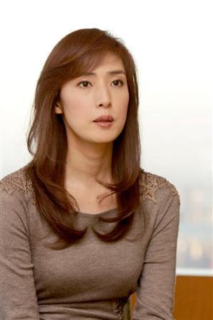 天海祐希さん(45)が心筋梗塞で入院 舞台の代役は宮沢りえさん(40)に