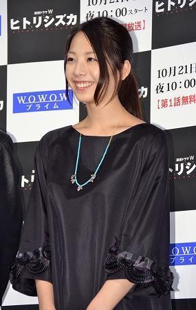 【画像】 女優・夏帆(21)が隠れ巨乳だった件