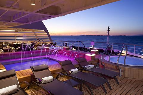 富裕層の嗜み豪華客船旅行